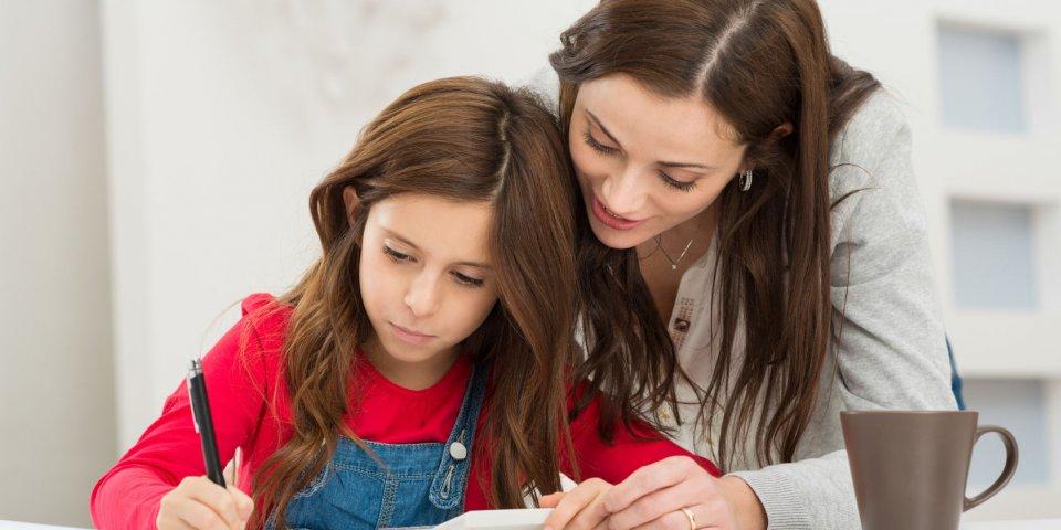 הכנת שיעורי בית והכנה למבחנים עם הפרעת קשב. כך תסייעו